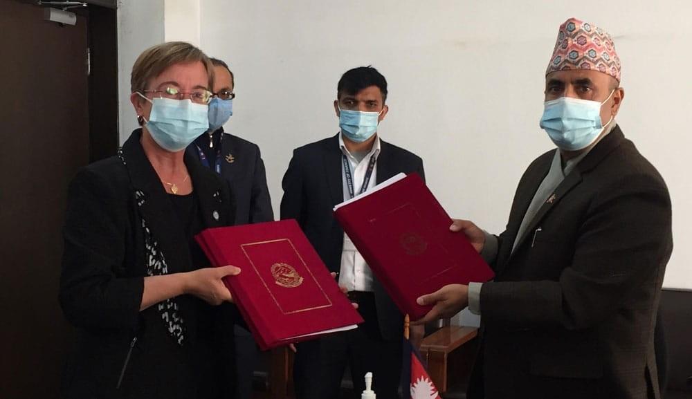 सरकार र विश्व बैंकबीच ४२ अर्बको आर्थिक सम्झौतामा हस्ताक्षर