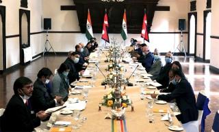 """परराष्ट्र सचिवको दुईपक्षीय वार्ता  : """" दुई देशबीच समस्या समाधानमा छलफल """""""