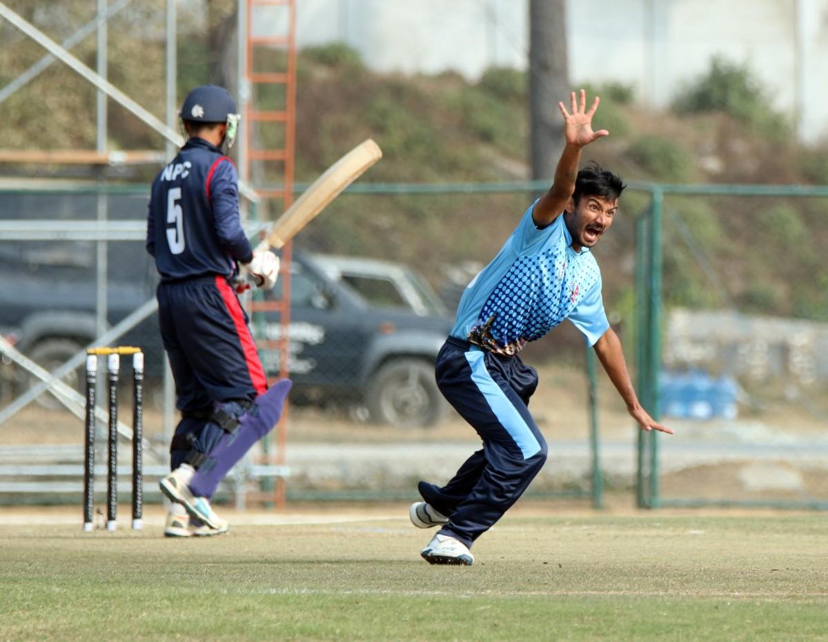 मेयर कप क्रिकेट :  नेपाल पुलिस क्लबले बागमती प्रदेशलाई दुई रनले हरायाे