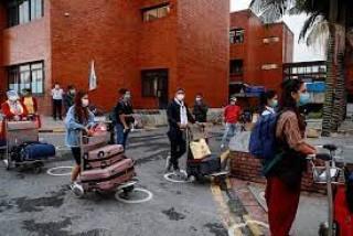 उपत्यकामा कडाइ : 'लगाएको मास्क पाँच दिन सुरक्षित राख्नुपर्ने'