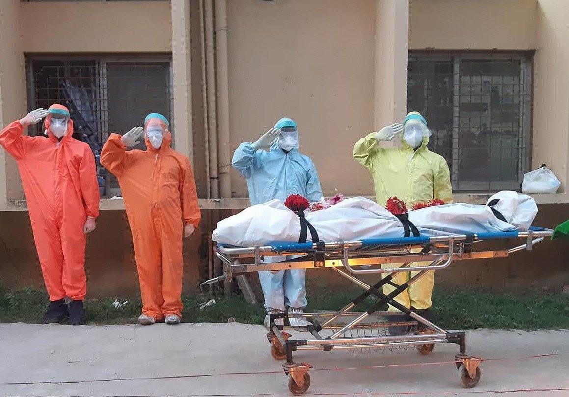 हेटौंडा अस्पताल  :  ' थप एक कोरोना संक्रमित महिलाको मृत्यु '