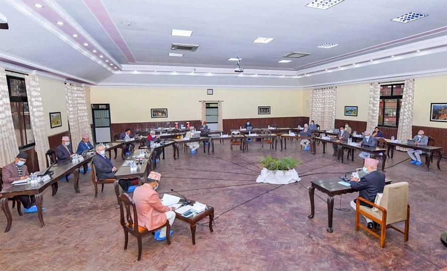 प्रधानमन्त्री र्ओलीले  बोलाए  मन्त्रिपरिषद बैठक  :  बैठक साँझ ५ बजे