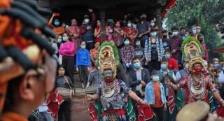 हनुमानढोका दरबार क्षेत्रमा इन्द्रध्वजोत्थान : ' देवी नाच शुरु '
